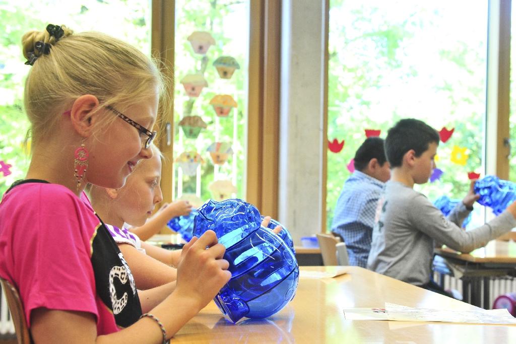 Das Projekt KinderCash trägt dazu bei, dass Kinder lernen, verantwortungsvoll mit Geld, Konsumdruck und Werbung umgehen zu können.