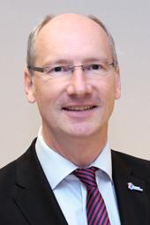 """Unsere Stimme für Kinder in Deutschland: Uwe Kamp, Pressesprecher des Deutschen Kinderhilfswerkes zum Thema """"Wir brauchen dringend eine Kindergrundsicherung!"""""""