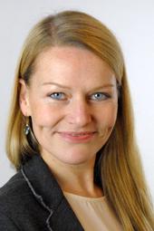 """""""Unternehmen profitieren von Familien, die bei ihnen kaufen. Etwas zurückzugeben ist eine Selbstverständlichkeit."""" Sabine Immken, verantwortet Unternehmenskooperationen im Deutschen Kinderhilfswerk."""