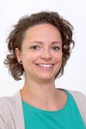 """Unsere Stimme für Kinder in Deutschland des Deutschen Kinderhilfswerkes: """"Wenn Kinder anderen Menschen helfen"""". Elisa Bönisch, Leiterin des projekt KINDERCENT"""