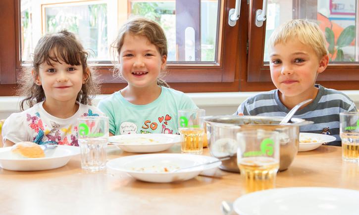 Das Deutsche Kinderhilfswerk unterstützt Ernährungsprojekte für Kinder