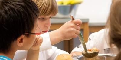 Das Deutsche Kinderhilfswerk trägt mit seinem Ernährungsfonds zu einer gesunden Ernährung von Kindern bei.