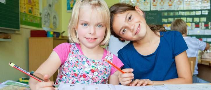 Mit einer Fördermitgliedschaft helfen Sie dauerhaft, Bildungs-, Ernährungs- und Gesundheitsprojekte für Kinder umzusetzen. Bereits ab 5 Euro monatlich.