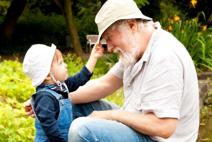 Wer eine gemeinützige Organisation wie das Deutsche Kinderhilfswerk im Testament zu bedenkt, kann über das eigene Leben hinaus nachhaltig Gutes bewirken.