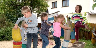 """Das Bündnis """"grünes Bremen"""" warnt angesichts aktueller Ausbaupläne für Schulen und Kindertagesstätten vor einem drohenden Verlust von Spielflächen in Bremen."""