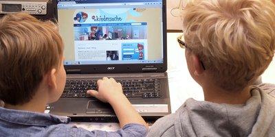 Auf den Seiten des Deutschen Kinderhilfswerkes www.kindersache.de und www.juki.de können Kinder und Jugendliche sich kreativ ausprobieren und interaktiv agieren.