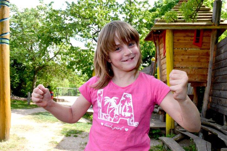 Das Deutsche Kinderhilfswerk macht die Kinderrechte in Deutschland bekannt. Damit Kinder zu starken Persönlichkeiten heranwachsen und Demokratie aktiv leben können.