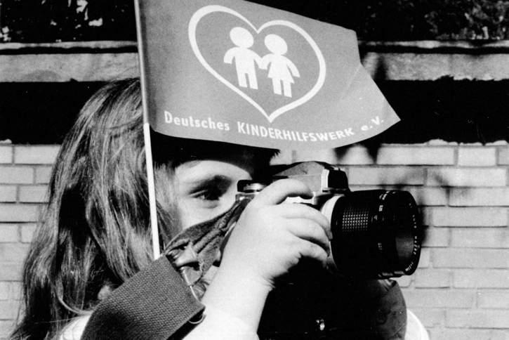Die Aufgaben des Deutschen Kinderhilfswerkes haben sich seit der Gründung 1972 stetig erweitert. Doch die Kinder und ihr Wohlergehen stehen unverändert im Zentrum der Arbeit.