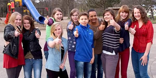 Das Deutsche Kinderhilfswerk arbeitet eng mit einm Kinder- und Jugendbeirat zusammen, der aus 12 sehr engagierten Mädchen und Jungen besteht.