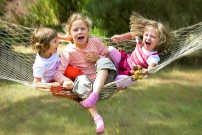 Das Deutsche Kinderhilfswerk setzt sich für öffentliche Plätze zum Spielen, kindgerechte Stadtplanung, kreative Spielplätze und Zeit zum Spielen ein.
