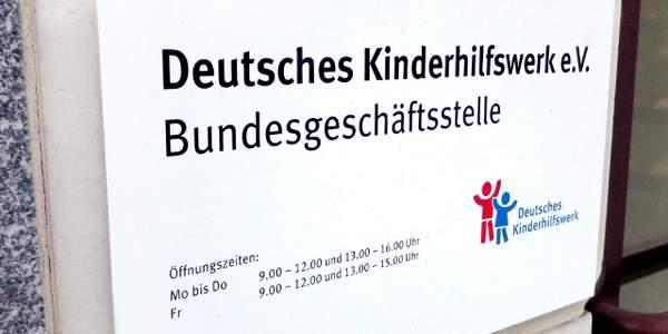 Das Deutsche Kinderhilfswerk ist vor rund 20 Jahren von München nach Berlin gezogen, um näher am politischen Geschehen zu sein.