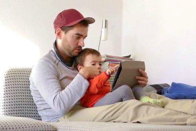 Ab welchem Alter sind Tablets oder Smartphones geeignet? Wie lernt mein Kind, veranwortungsbewusst, Intenet und Handy zu nutzen? Tipps für die kindliche Mediennutzung für Eltern.