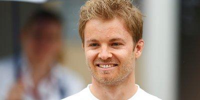 """Zum 10-jährigen Jubiläum der Aktionstage """"Zu Fuß zur Schule und zum Kindergarten"""" gratuliert Nico Rosberg - Formel-1-Rennfahrer."""