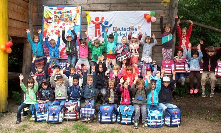 Gemeinsam für Kinder in Deutschland. Das Deutsche Kinderhilfswerk konnte dank der Unterstützung vieler Spenderinnen und Spender im Jahr 2015 viel bewirken!