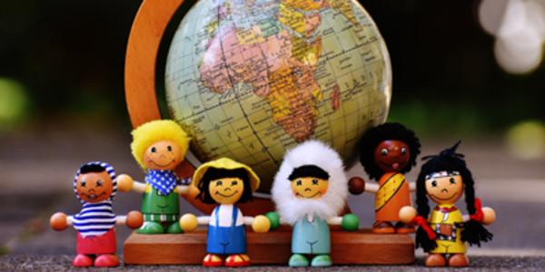 Das Übereinkommen über die Rechte des Kindes der Vereinten Nationen wird umgangssprachlich als Kinderrechtskonvention bezeichnet und ist das wichtigste Menschenrechtsinstrument für Kinder.